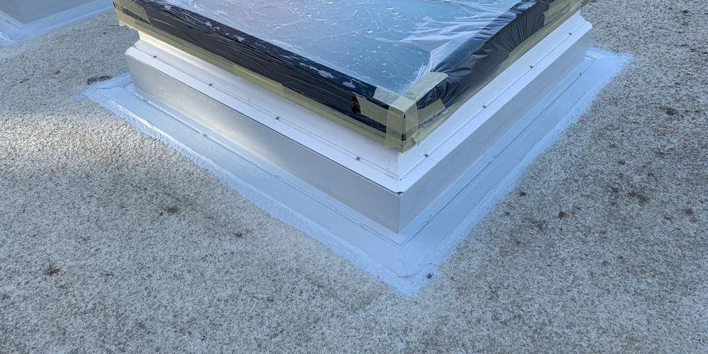 Hidroizolare iluminator acoperis